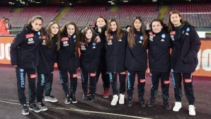 Момичета подаваха топките към терена за първи път в Серия А