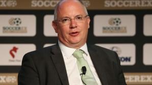 Изпълнителният директор на Футболната лига на Англия подава оставка