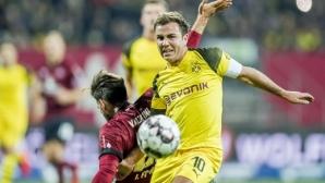 Борусия (Дортмунд) продължи с неубедителните игри и срещу последния