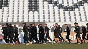 Милош Петрович и Мустафа Абдулахи отпаднаха от групата на Локомотив (Пд)