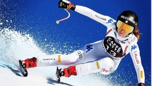 Олимпийската шампионка София Годжа спечели спускането в Кран-Монтана
