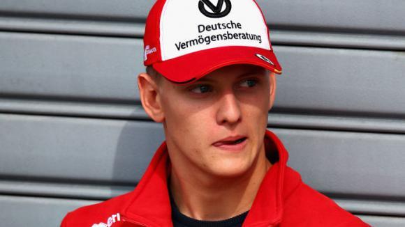 Мик Шумахер ще тества Ф1 болид през април, твърдят в Италия