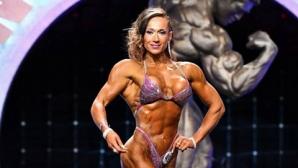 "Уникален успех! Българка спечели два златни медала на ""Арнолд Класик"" (снимки)"