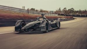 Порше тестваха автомобила за Формула Е (видео)