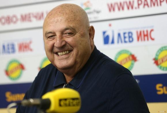 Венци Стефанов: Създадохме Левски, дадохме им мрежи и греди