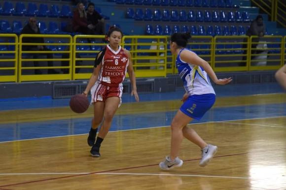 Тимът на българска баскетболистка с шанс за промоция във втора италианска дивизия