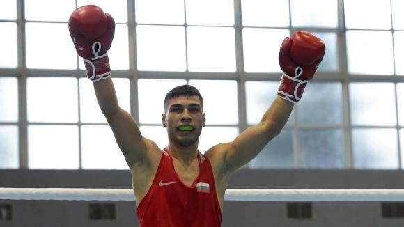И Даниел Асенов си гарантира европейски медал