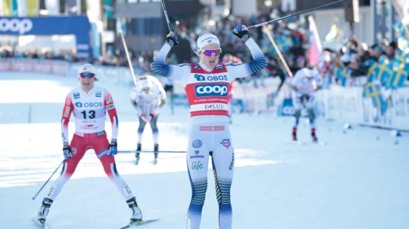 Стина Нилсон и Йоханес Клаебо спечелиха спринтовете на 1.4 километра