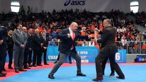 """Министър Кралев откри Мултиевропейските игри по таекуондо в """"Асикс Арена"""""""