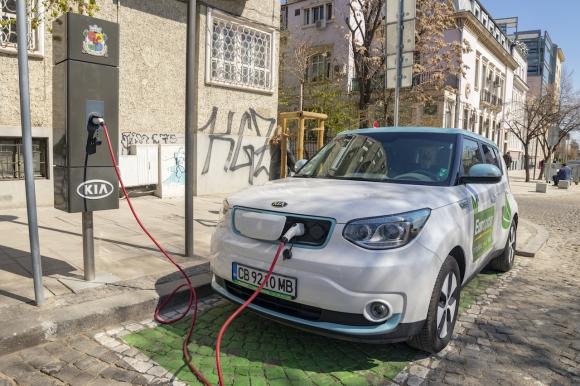Столична община с нова зарядна станция за електромобили