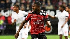 Борусия Дортмунд и Арсенал с интерес към сина на Лилиан Тюрам