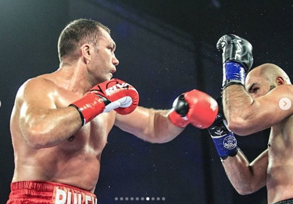 Еди Хърн: Рейтингът на мача Кубрат Пулев - Богдан Дину бе ужасяващо слаб