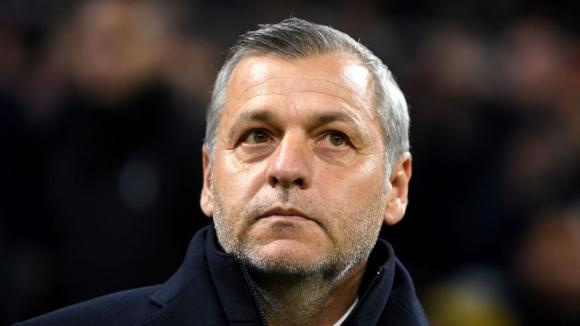 Отложиха новия договор на треньора на Лион заради отпадането от Купата на Франция
