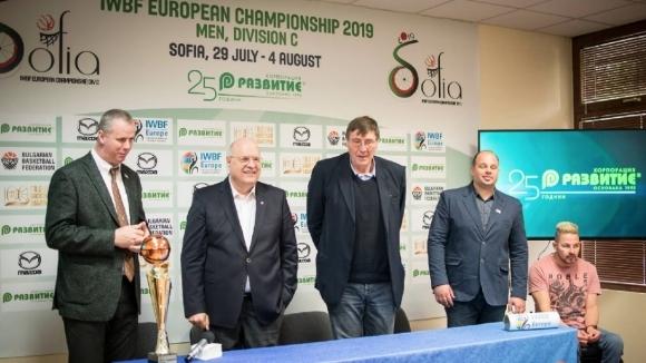 България дебютира срещу Унгария на европейското по баскетбол за колички