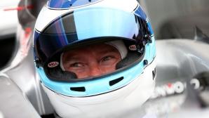 Мика Хакинен се завръща в моторспорта