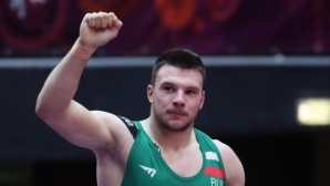 Кирил Милов е на финал!
