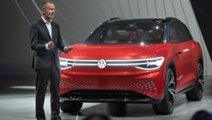 Volkswagen показа електрическия ID. ROOMZZ преди откриването на изложението в Китай