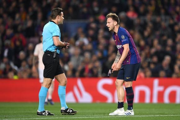 Барселона без Ракитич срещу Алавес