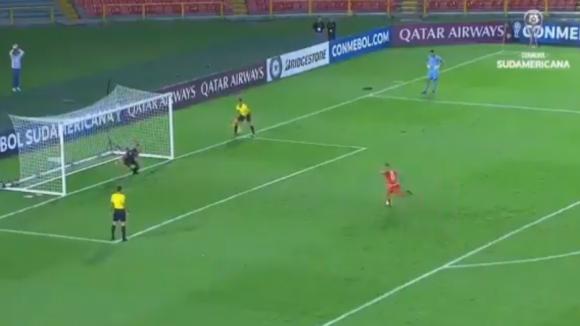 Парагвайски клуб изгони играч заради шокираща причина (видео)