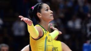 Волейболна звезда припадна по време на интервю (видео)