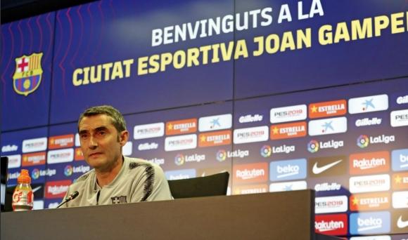 Спорът с Ливърпул не е решен, напомни треньорът на Барселона