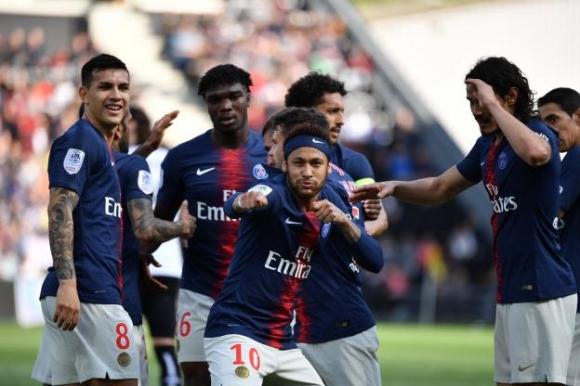 Пари Сен Жермен стигна кота 100 гола в Лига 1