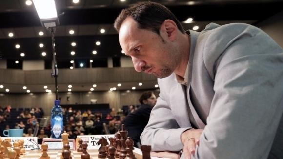 Веселин Топалов спечели 3.5 точки в първия ден на блиц турнира в Абиджан