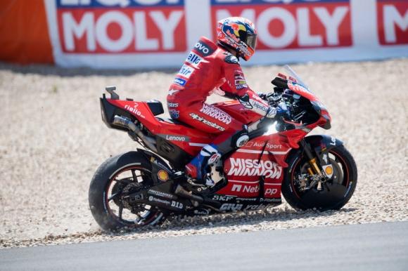 Довициозо предупреди, че с това ниво Ducati не могат да победят Маркес
