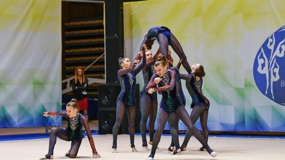 Националният отбор по естетическа гимнастика за девойки заминава за Световното
