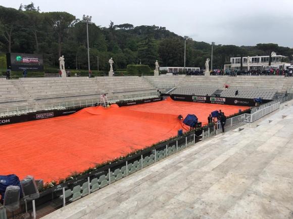 Отложиха почти всички мачове в Рим за четвъртък, все още има шанс Джокович да играе тази вечер