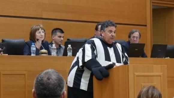 Атанас Узунов нахлу като смърф в Общинския съвет