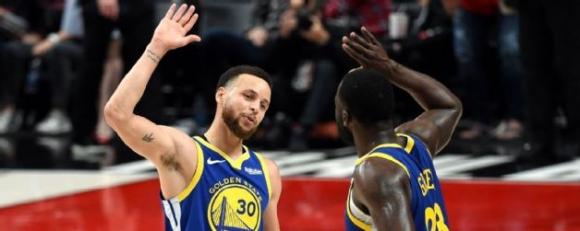 Голдън Стейт е само на победа от класиране за финалите в НБА (видео)