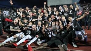 """Легендарен гол подлуди """"черно-бялата"""" част на Пловдив! Локо съкруши Ботев в исторически мач"""