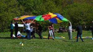 """""""Споделени игри"""" събраха стотици деца на Витоша за повече толерантност към хората в неравностойно положение"""