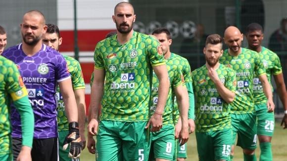 Добруджа се прости с професионалния футбол с реми в Ловеч