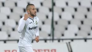 """Славия - Етър 0:0, греда за """"белите"""""""