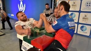 България с нови трима финалисти на Европейското по канадска борба