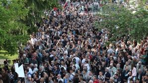 Феновете на Локо Пд: Бижуто на спорта в България тъне в разруха