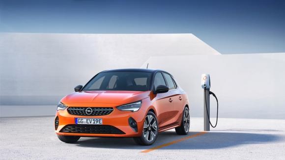 Шестото поколение на Opel Corsa ще има електрическа версия