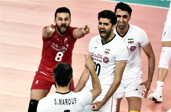 Иран удари Италия в първи двубой от Лигата на нациите (видео + снимки)