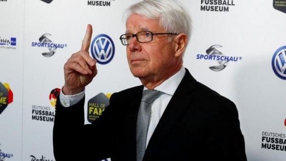 Германия и Англия се противопоставиха официално Суперлига да замени Шампионската лига
