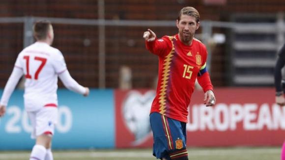 Серхио Рамос бележи и пише история при разгромна победа на Испания (видео)