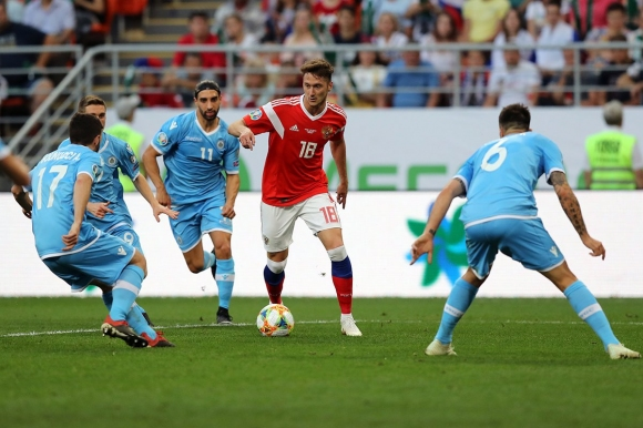 """Русия разкъса Сан Марино с 9:0, рекорд за """"Сборная"""" (видео)"""