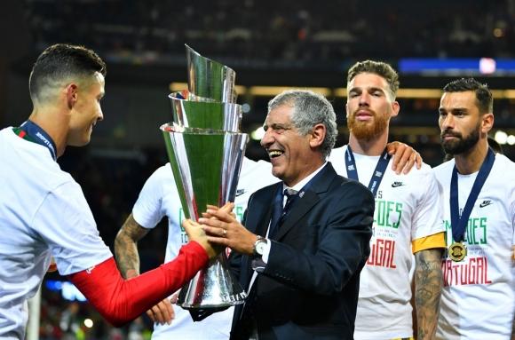 Фернандо Сантош: Това е огромно постижение за португалския футбол