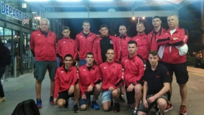 Шампионът на България по водна топка замина за участие на турнир в Никозия