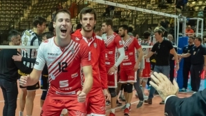 Мечкаров подсили шампиона на Чехия