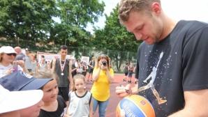 Везенков специален гост на детския турнир по баскетбол на клуб Вълци-Разград