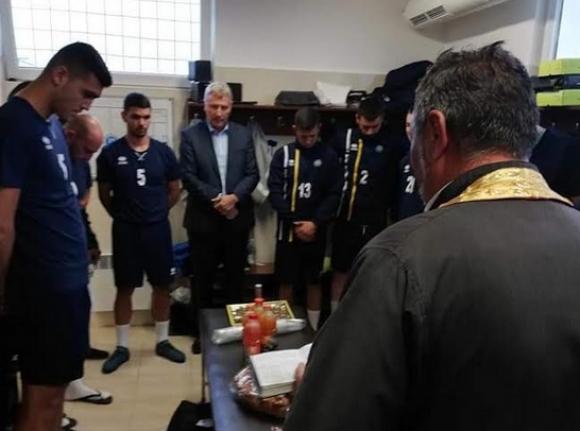Пирин Разлог започна с 18 футболисти