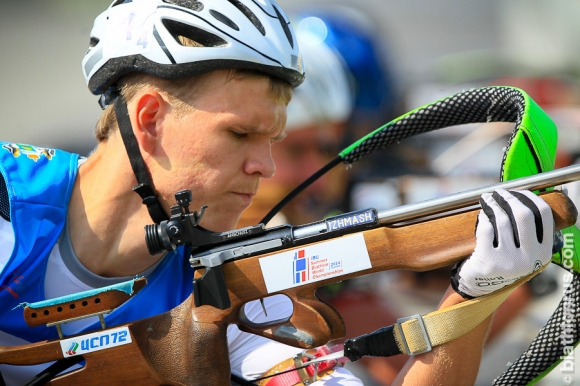 Двама руски биатлонисти наказани за четири години заради допинг