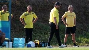 Желко Петрович: Майстори сме в опропастяването на играчи, на младите им трябва време